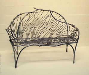 06 the singing bench- Nature inspired Metal Art - supervolum