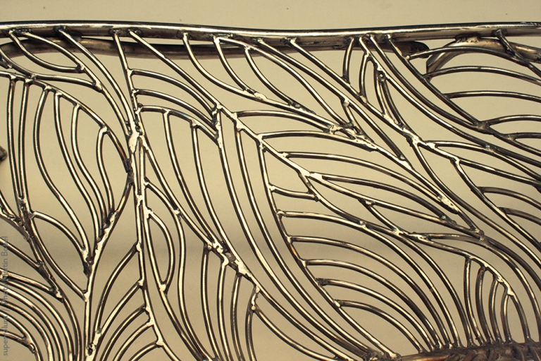13 the singing bench- Nature inspired Metal Art - supervolum