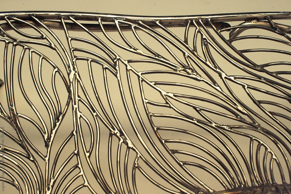 13 the singing bench- Nature inspired Metal Art - supervolum