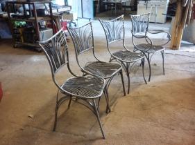 26 Family Chairs - Nature inspired Metal Art - supervolum